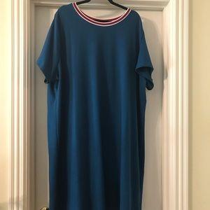 Plus size short sleeve dress